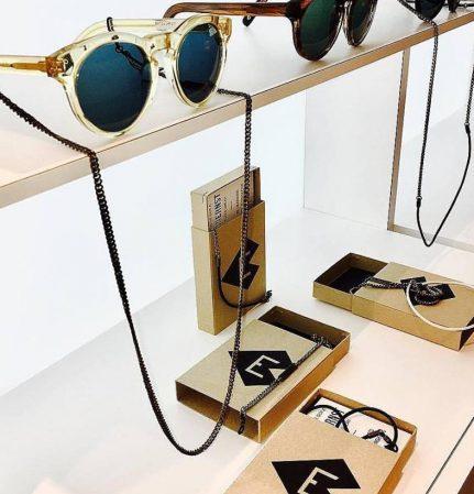VONERNST bei die Sehmänner Brillenketten und Brillenbänder
